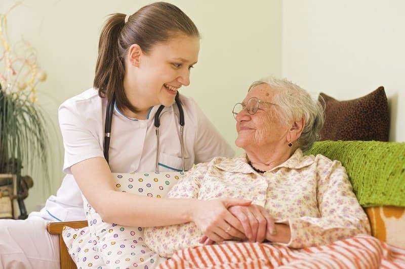 بیمار احساس تنهایی نمی کند: