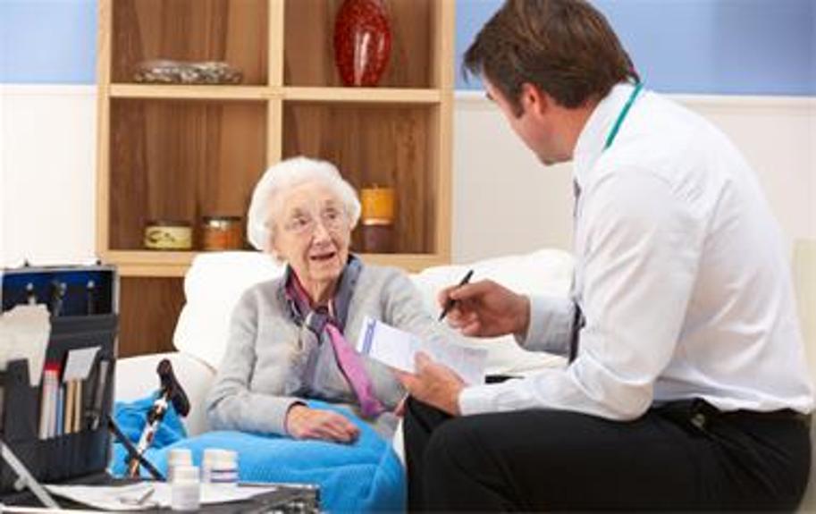 منظور از پزشک متخصص داخلی چیست و پزشک مربوطه در چه زمینه هایی درمان را انجام می دهد؟