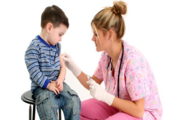 چه نکاتی پرستار هنگام تزریق باید رعایت کند؟