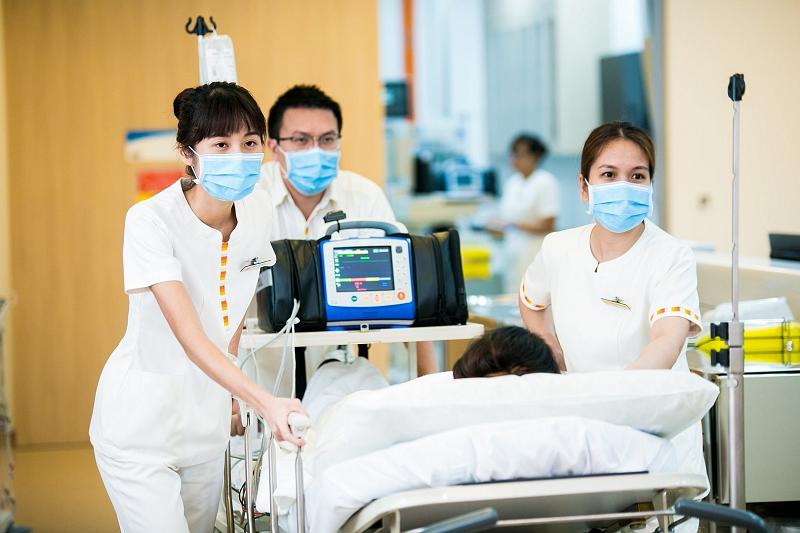 عدم جا به جایی بیمار بدون کمک پرستار