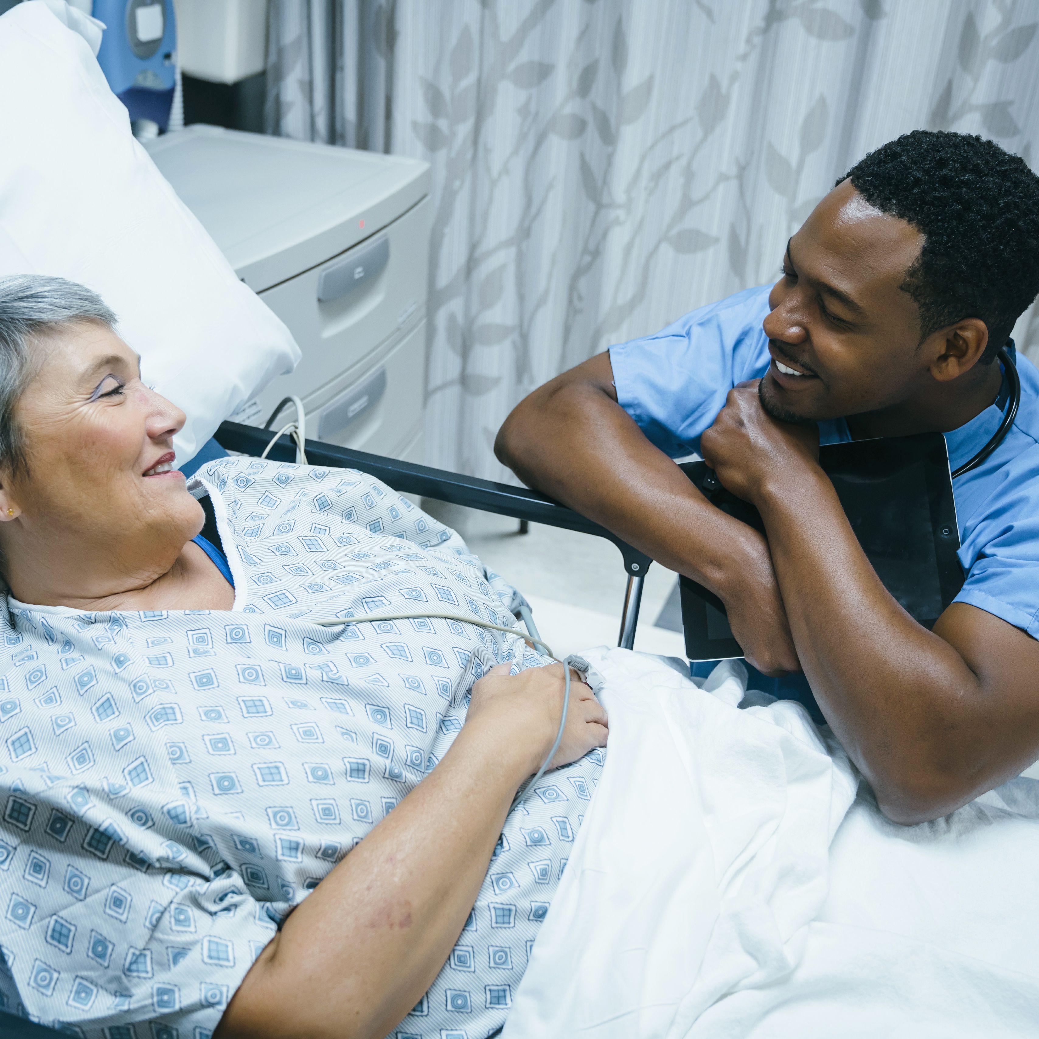 استفاده از لیزر برای درمان زخم بستر چه مزایایی را به همراه دارد؟