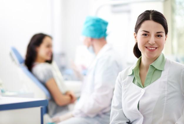 آیا افراد برای دریافت خدمات پزشکی در منزل باید مراحل خاصی را در نظر بگیرند؟