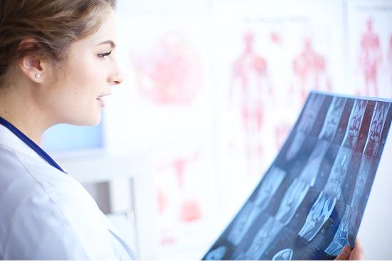گرفتن تخصصی عکس رادیولوژی در منزل از بدن