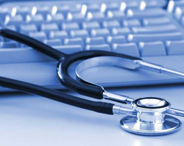 در هنگام انتخاب پزشک معالج برای ویزیت در منزل به چه نکاتی باید توجه کرد؟