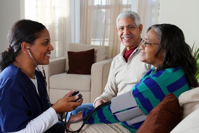 وظایف مراقب بیمار چیست؟