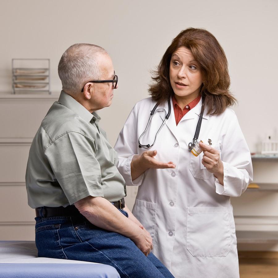 در هنگام نوبت گرفتن برای خدمات پرستاری در منزل چه اطلاعاتی از شما پرسیده می شود؟