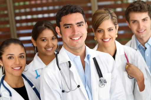 ۵) ویزیت پزشک متخصص: