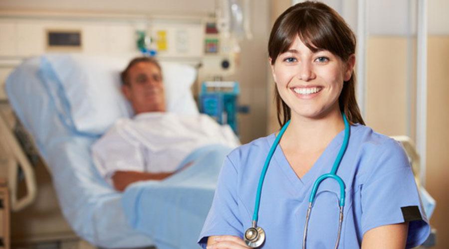 پرستاری بیمار در بیمارستان