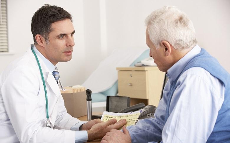 - به طور معمول متخصصین گوارش چه داروهایی را برای درمان تجویز در منزل تجویز می نمایند ؟