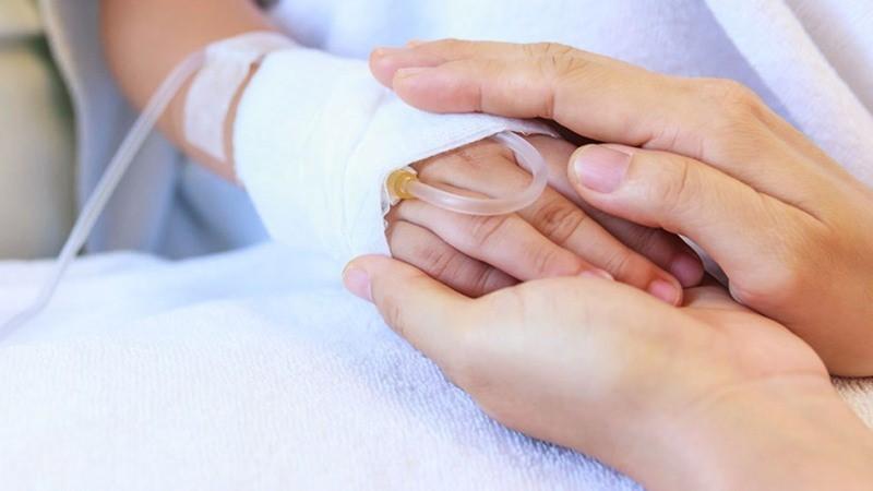 خدمات جانبی که مراقب بیمار می تواند انجام دهد چیست؟