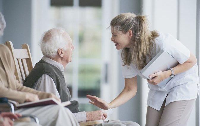 متغیر بودن ساعات مراقبت از افراد چه تاثیری بر روی تعرفه خدمات پرستاری در منزل می گذارد؟
