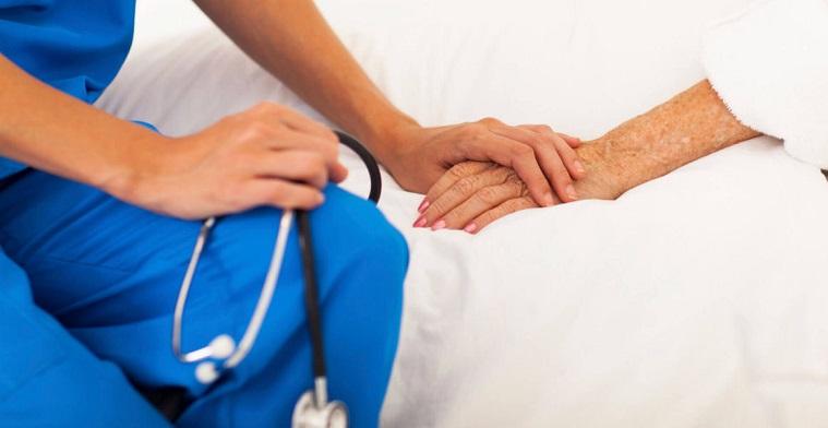 بهترین پرستار را از مراکز مراقبتی معتبر استخدام کنید: