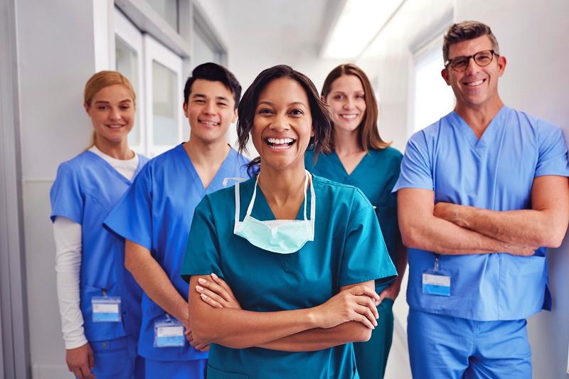 مراجعه حضوری به مراکز خدمات پزشکی