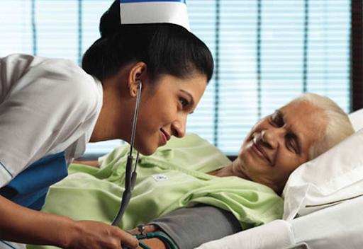 گام های اساسی برای استخدام پرستار چیست ؟