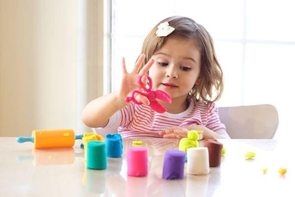 پرستار کودک باید از چه مهارتهایی برخوردار باشد؟