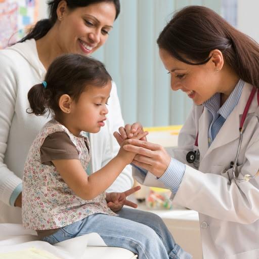 نحوه ی تزریق زیر جلدی در کودکان چگونه است ؟