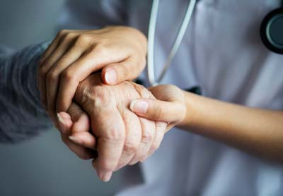 هدف از مراقبت در منزل از بیمار چیست؟