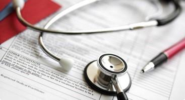 در هنگام انتخاب پرستار برای انجام خدمات در منزل به چه نکاتی باید توجه کرد؟